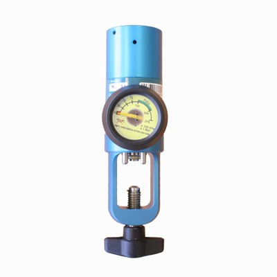 "Pressure Regulator - O2 - Pin Index/1/4"" Hose Outlet - Front"